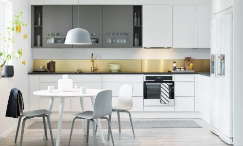 Vi lackerar köksluckor med mera i hela Stockholm
